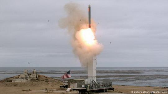 Ракета была запущена в Калифорнии. Преодолев 500 км, она поразила цель, сообщили в Пентагоне.