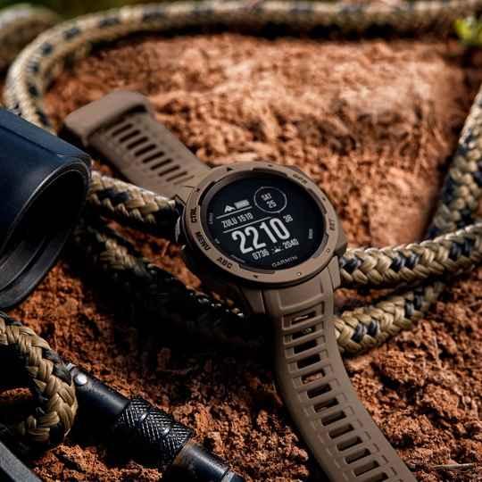 Garmin Instinct Tactical Edition – часы, на которых можно положиться можно всегда и везде: на тренировке, во время экспедиции и во время повседневных занятий.