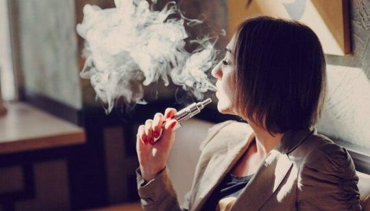 Минздрав США объявил о готовящемся запрете к продаже в стране любых ароматических наполнителей для электронных сигарет, кроме тех, что имеют запах табака.