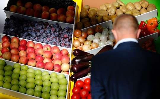 Россия не сможет к 2025 году выполнить поставленные задачи по экспорту и импортозамещению продовольствия при текущих темпах роста АПК, предупредили экономисты