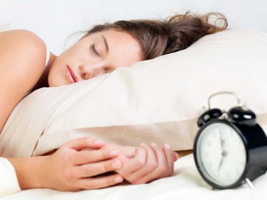 Использование косметики перед сном