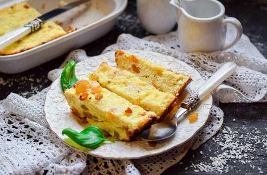 Творожная запеканка с изюмом – вкусная и домашняя полезная выпечка