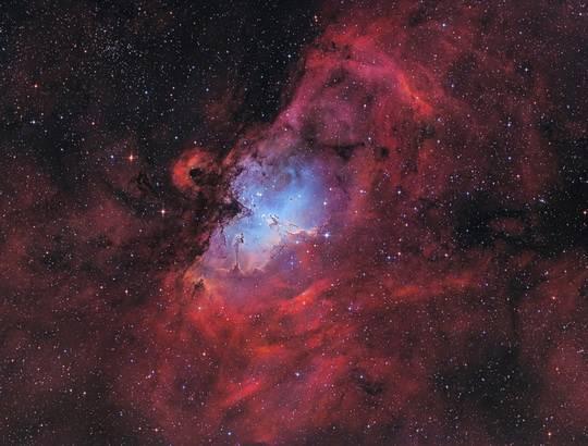 Галактики, как и звезды, не открывают, а каталогизируют.