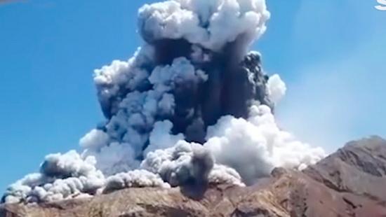 Извержение вулкана в Новой Зеландии3
