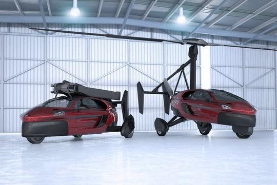 Конструкция автомобиля PAL-V содержит элементы, как традиционного сухопутного автомобиля, так и обыкновенного вертолета.