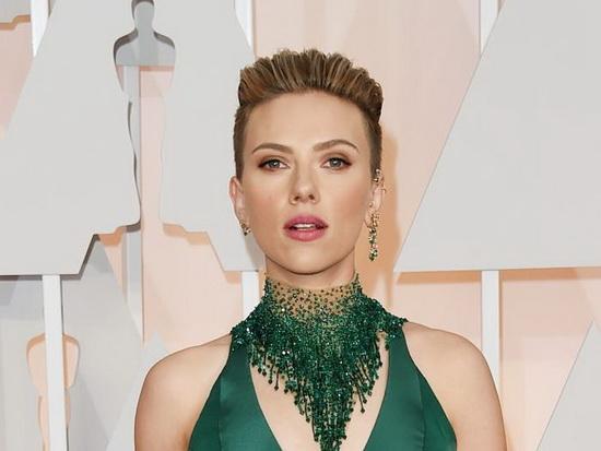 По мнению Forbes, Йоханссон была самой высокооплачиваемой женщиной Голливуда в 2019 году