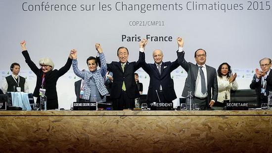 Парижское соглашение по климату вступило в силу 4 ноября 2016 года после выполнения условия о его ратификации 55 сторонами Рамочной конвенции ООН об изменении климата, на долю которых приходится более 55% объема глобальной эмиссии парниковых газов. Россия ратифицировала соглашение в 2019 году.