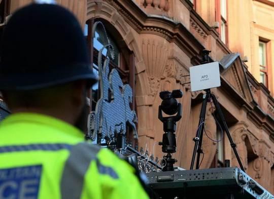 Британскую столицу вближайшее время покроют сетью видеокамер дляраспознавания лиц.