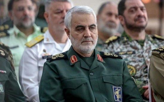 О генерал-майоре Касеме Сулеймани известно, что он выходец из бедной крестьянской семьи