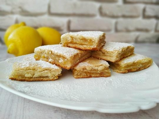Этот рецепт лимонного пирога – это лучший выбор для любителей цитрусовой выпечки.
