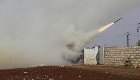 Турецкие войска и отряды сирийской оппозиции в четверг, 20 февраля, начали военную операцию на юго-востоке сирийской провинции Идлиб.
