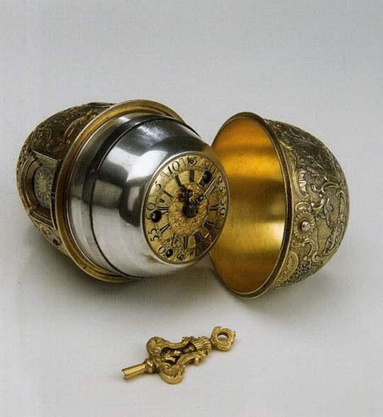 Одной из удивительных вещей, созданных известным русским изобретателем и механиком-самоучкой Иваном Кулибиным являются его знаменитые часы
