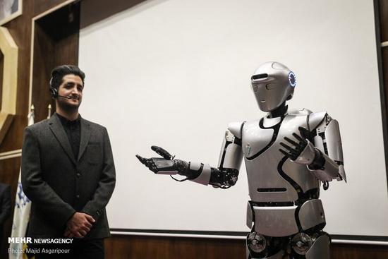 robot-surena
