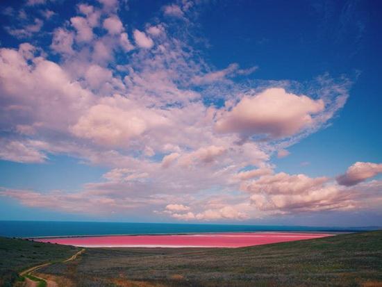 Австралия розовое озеро