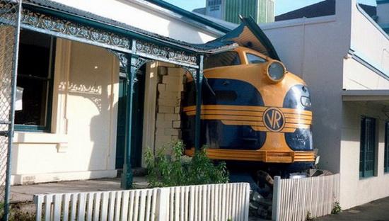 Кондукторы в поездах