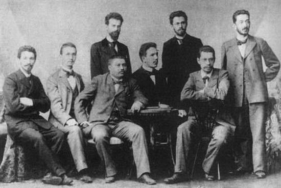 Молодой Азеф (сидит, третий слева) в группе русских студентов в Германии