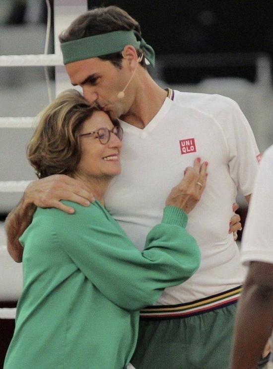 Роджер Федерер со своей матерью Линетт Федерер