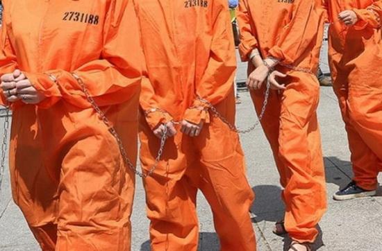 По данным организации Pew Charitable Trusts, в американских тюрьмах содержатся 164 тысячи человек в возрасте от 55 лет и старше
