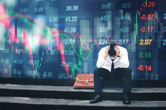 Страхи инвесторов перед распространением коронавируса привели к обвалу на рынках ценных бумаг по всему миру