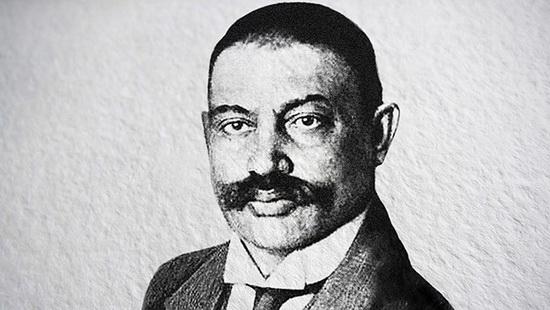 Григория Гершуни, первого лидера Боевой организации эсеров, арестовали в 1903 году, и у руля террористического крыла партии встал Азеф.