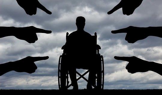 Ущемлению прав социально уязвимых категорий граждан, похоже, пришел конец. Теперь за отказ инвалиду посетить концерт или кафе грозит немаленький штраф.