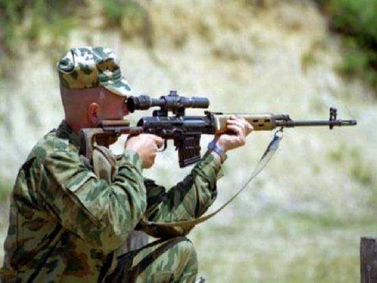 С винтовкой справятся даже новички в снайперском деле. /Фото: kopilkaurokov.ru