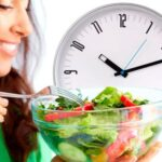 Важно ли принимать пищу по расписанию?