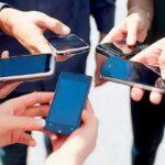 Почему экраны смартфонов черные?