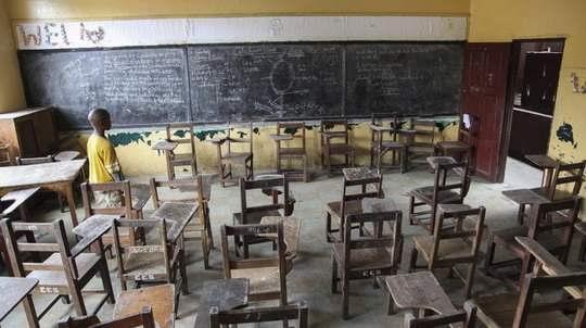 По меньшей мере 9,7 миллиона детей по всему миру никогда не вернутся в школу после пандемии коронавируса, предполагает британская неправительственная организация Save the Children