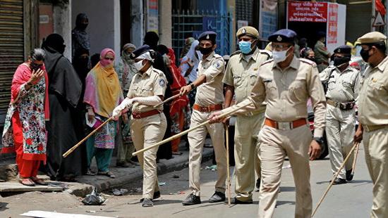 В Индии выявлено более 76 тыс. зараженных за сутки