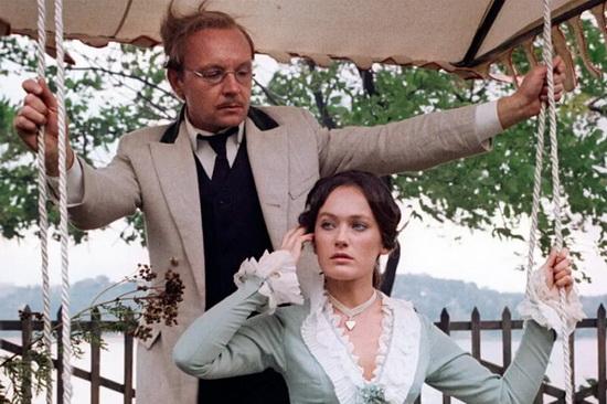 Кадр из «Жестокого романса», снятого по мотивам «Бесприданницы».