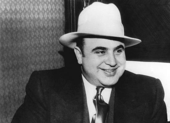 Главным гангстером эпохи запретов был, несомненно, Аль Капоне, которого в 1930 году глава Чикагской комиссии по преступности назвал «врагом номер один».