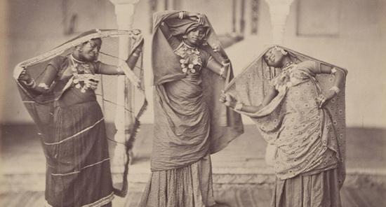 Индийские танцовщицы, 1860-е гг. Источник: moya-planeta.ru