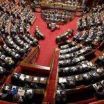 В Италии граждане добились сокращения ненужных депутатов— на 30% в обеих палатах