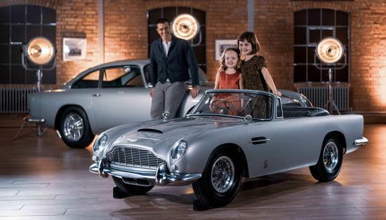 Для Aston Martin и The Little Car Company главной целью было максимальное соответствие маленькой копии автомобиля оригиналу.