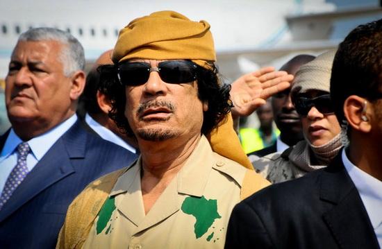Муаммар Каддафи — 200 млрд долларов