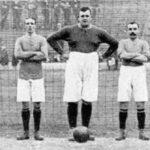 По какой причине на футбольных матчах впервые стали использовать детей, подающих мячи?