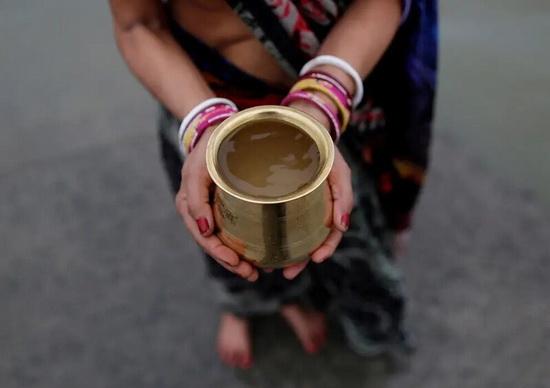 Таким Ганг достигает конечного пункта своего путешествия — Бенгальского залива