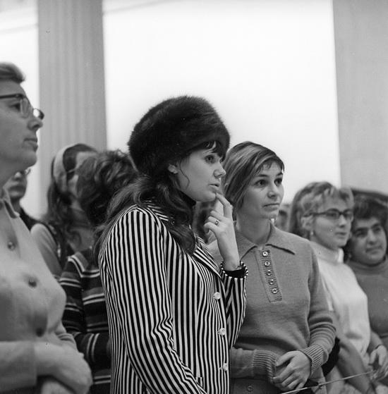 Посетители Государственного музея изобразительных искусств имени А.С. Пушкина. 1972. (В. Шияновский/Sputnik)