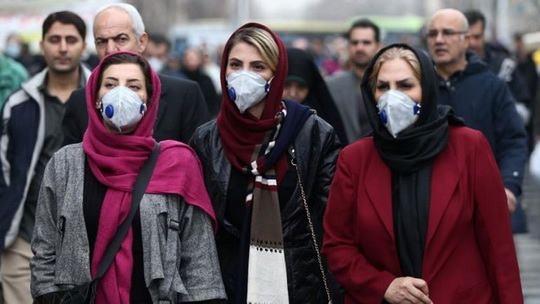 Конституционный суд (КС) России постановил, что региональные власти вправе вводить ограничения на передвижение граждан в период пандемии коронавируса.