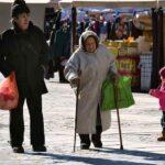 Кабмин потратит более 15 трлн рублей на снижение уровня бедности в России