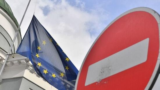 """В документе отмечается, что решение продлить санкции """"следует за последней оценкой состояния выполнения Минских соглашений""""."""