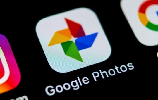 Пользователям сервиса хранения фотографий от компании Google в ближайшее время будет доступна новая функция, позволяющая создавать более реалистичные и эффектные снимки.