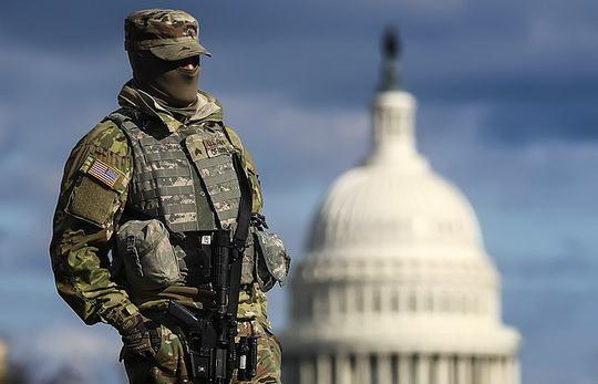 В американскую столицу прибыл весь запланированный контингент в составе 25 тысяч резервистов Национальной гвардии для обеспечения порядка в ходе предстоящей 20 января