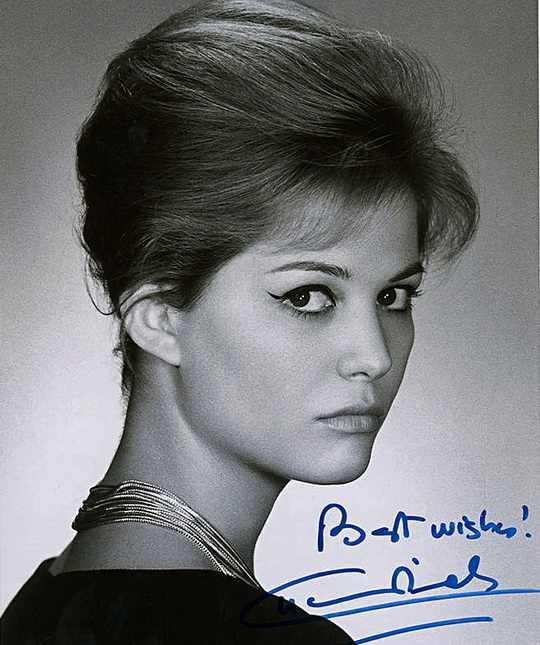 Ее называли самой популярной звездой итальянского кино 1960-х, о романе с ней мечтали Ален Делон, Марчелло Мастроянни, Жан-Поль Бельмондо.