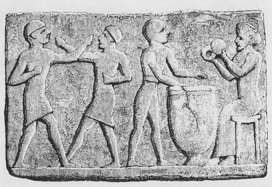 Вавилонский рисунок, изображающий людей за водными процедурами. Источник: wikipedia.org