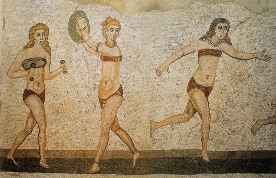 Мозаика, изображающая спортсменок. Вилла-дель-Казале, первая четверть 4-го века н. э. Источник: wikipedia.org