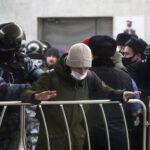 В Госдуму внесли законопроект, отменяющий ответственность за ряд нарушений на митингах