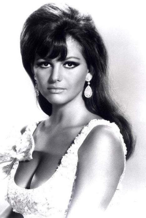 Одна из самых красивых актрис итальянского кино 1960-х годов.
