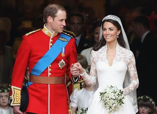 В честь 10-летия со дня свадьбы герцог и герцогиня Кембриджские поделились новыми снимками.